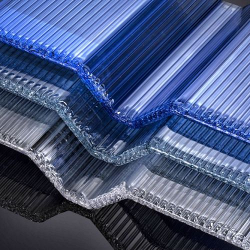 Corrugated hollow sheets
